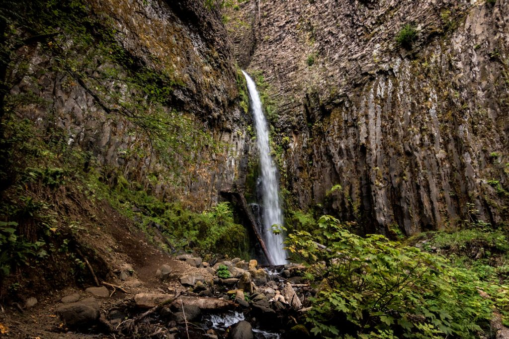 Dry Creek Falls in it's entire splendor