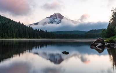 17+ of The Best Lakes in Oregon for Adventures & Camping
