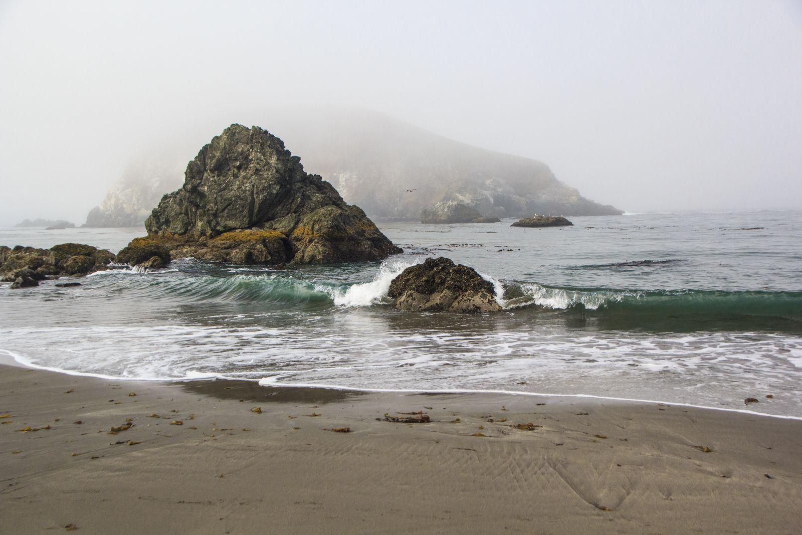 Tides in at Harris Beach