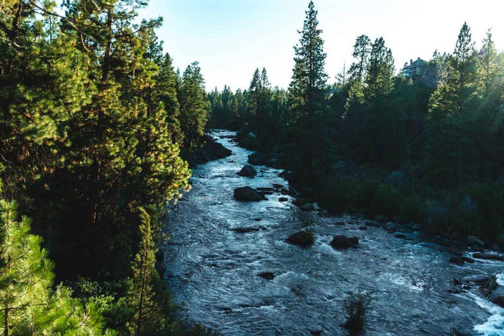 Deschutes River hike in Oregon