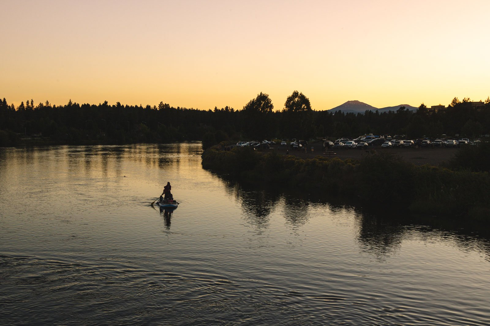 The Deschutes River paddleboarder