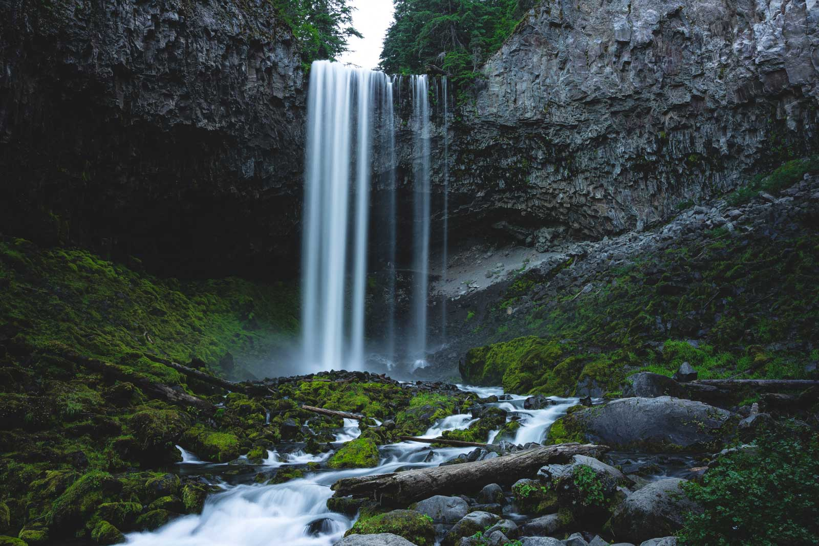 Relaxation at Tamanawas Falls on your Oregon road trip.