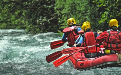 7 of The Most Legendary Rivers For White Water Rafting in Oregon