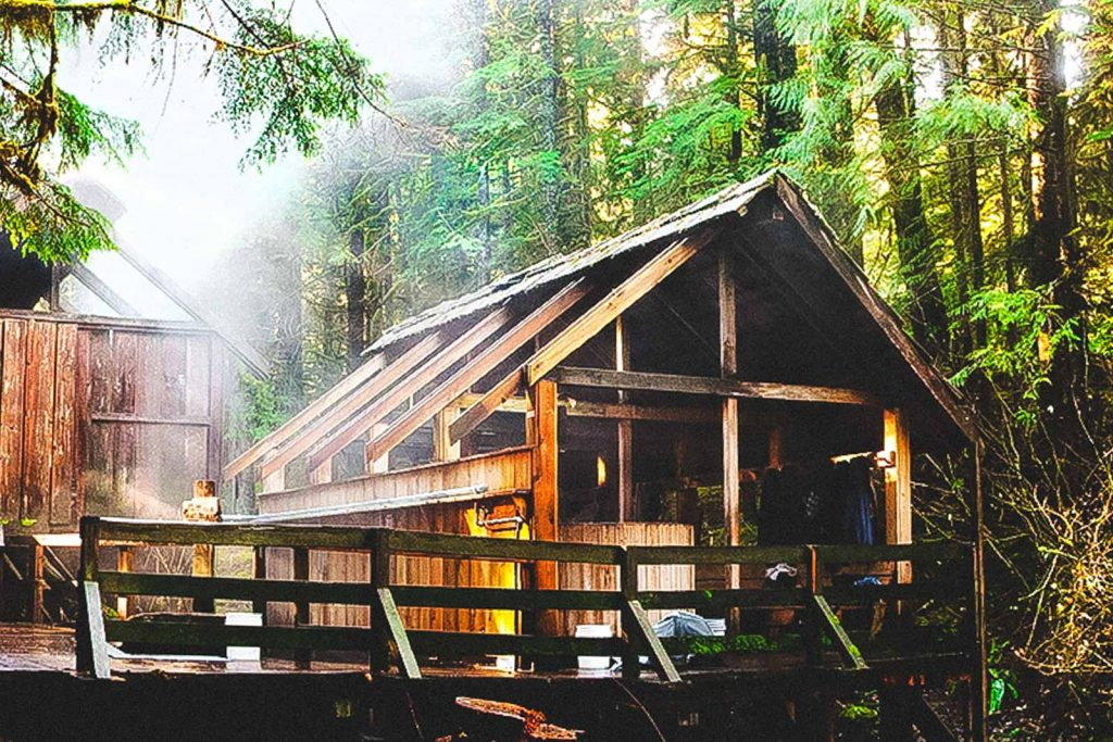 Wooden cabin in Bagby