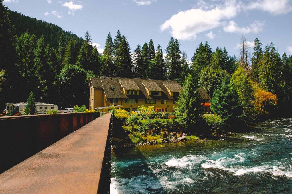 Belknap Hot Springs Oregon