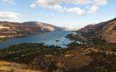 25 Columbia River Gorge Hikes + Other Adventures