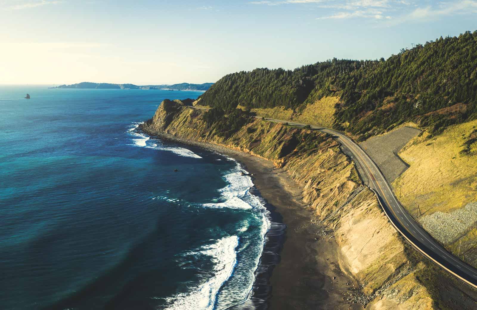 A Legendary Oregon Coast Road Trip—35 Stops & 3 Itineraries