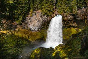 Sahalie Falls is an easy Oregon waterfall hike.