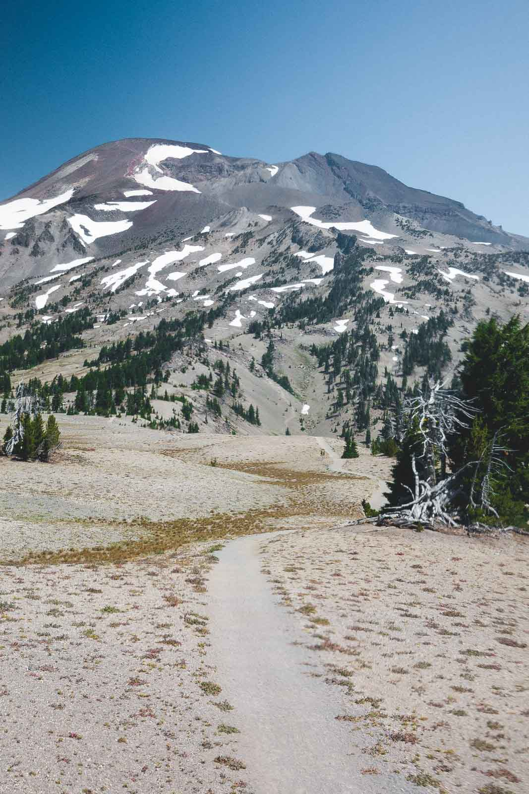 South Sister should be a hike you do when on an Oregon road trip