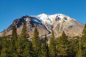 Lassen Peak is a fun thing to do in Northern California