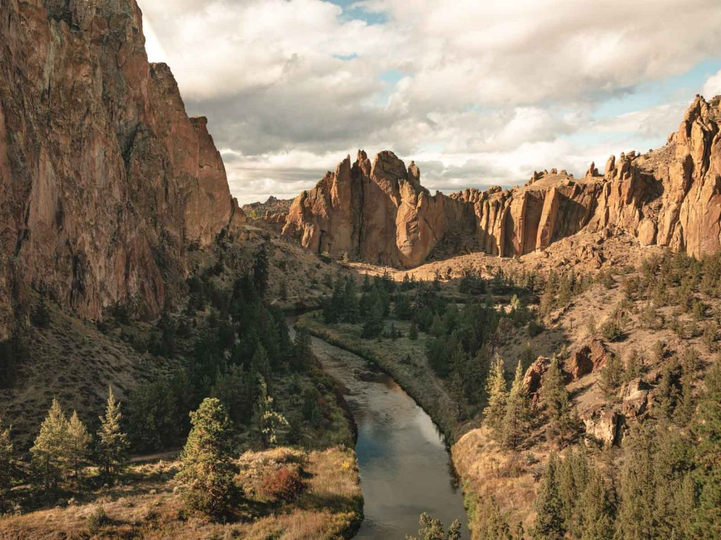 Canyon Trail is another fun Smith Rock hike.