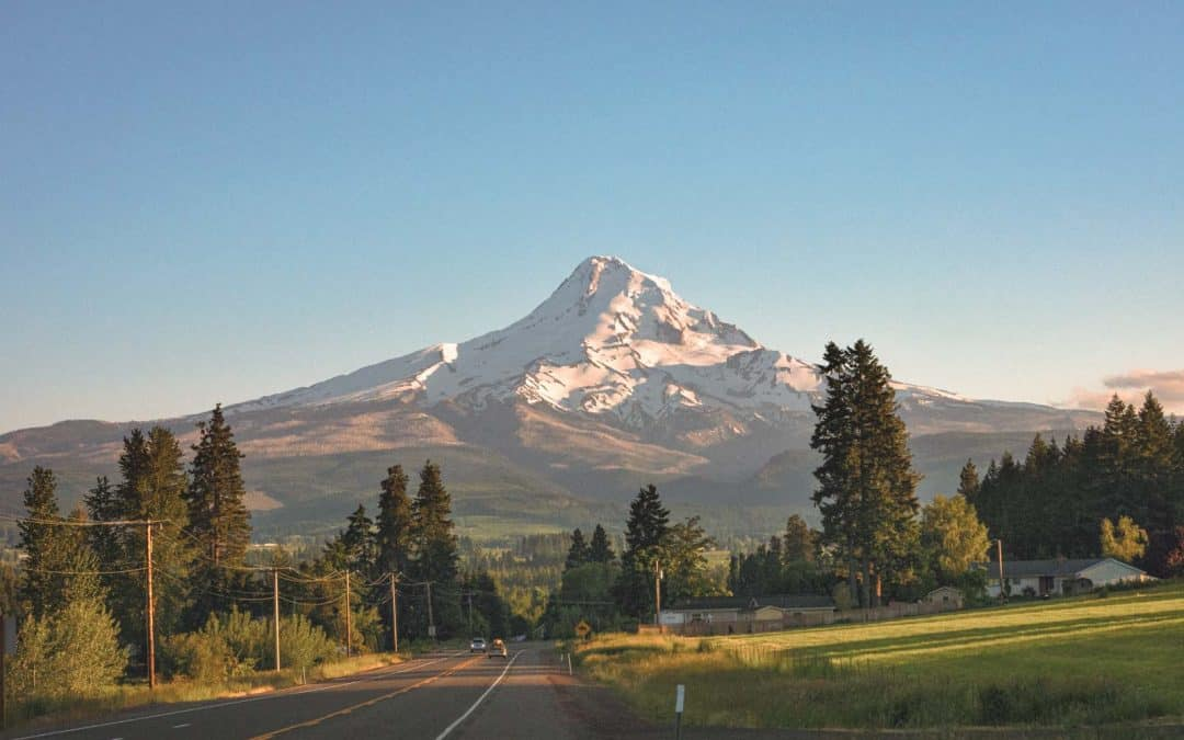 25 Day Trips from Portland, Oregon + Road Trip Ideas