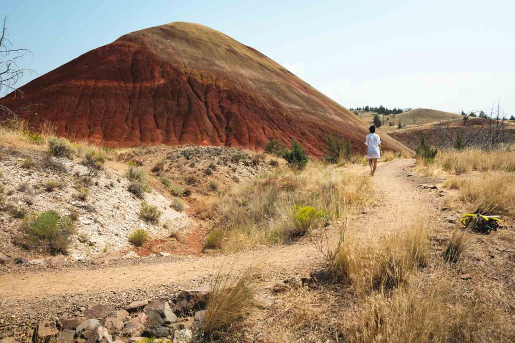 Another hiking trail in the Painted Hills.