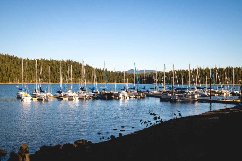 There is lots of boating at Elk Lake near the Cascade Lakes.
