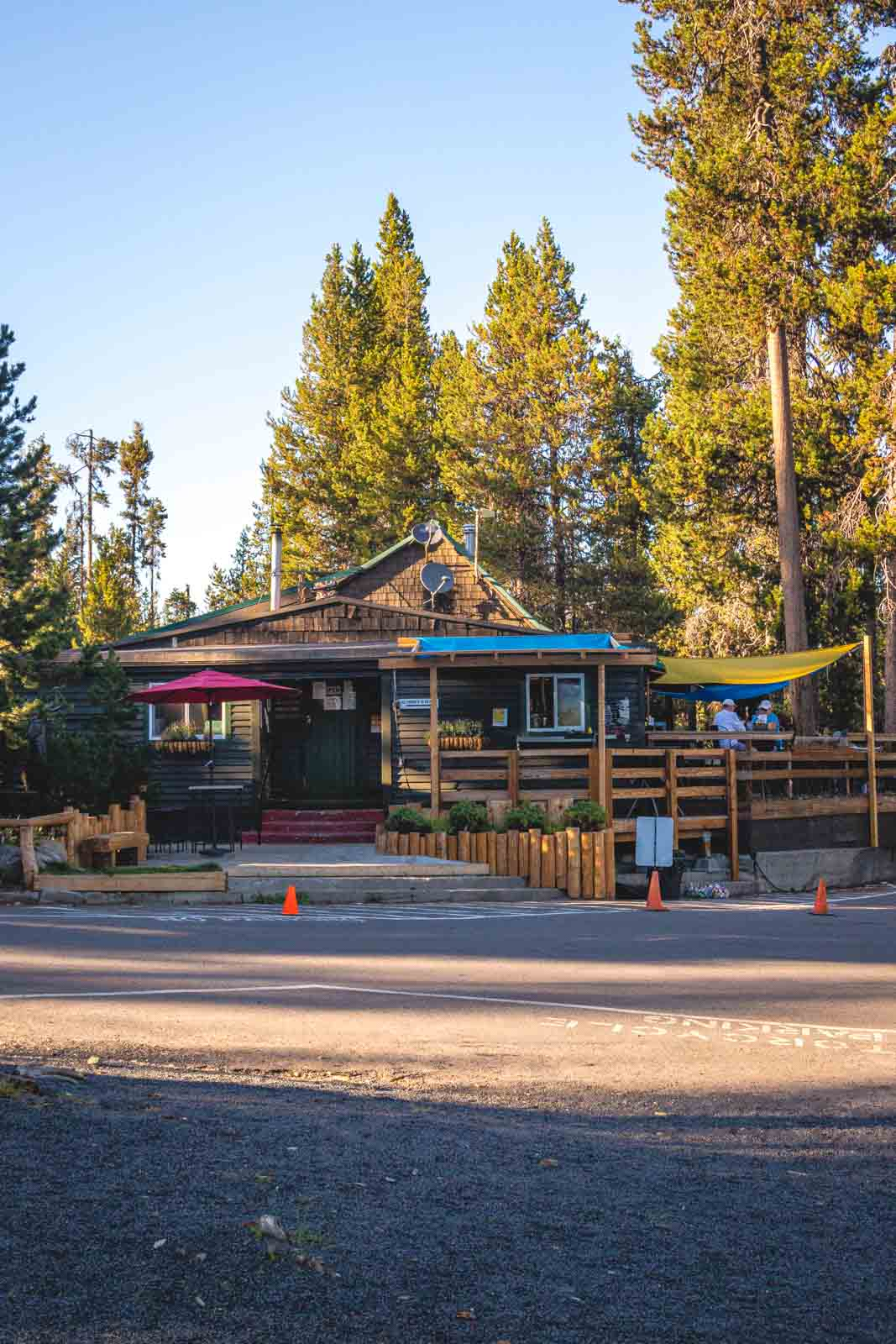 Elk Lake Lodge is a great resort near the Cascade Lakes.