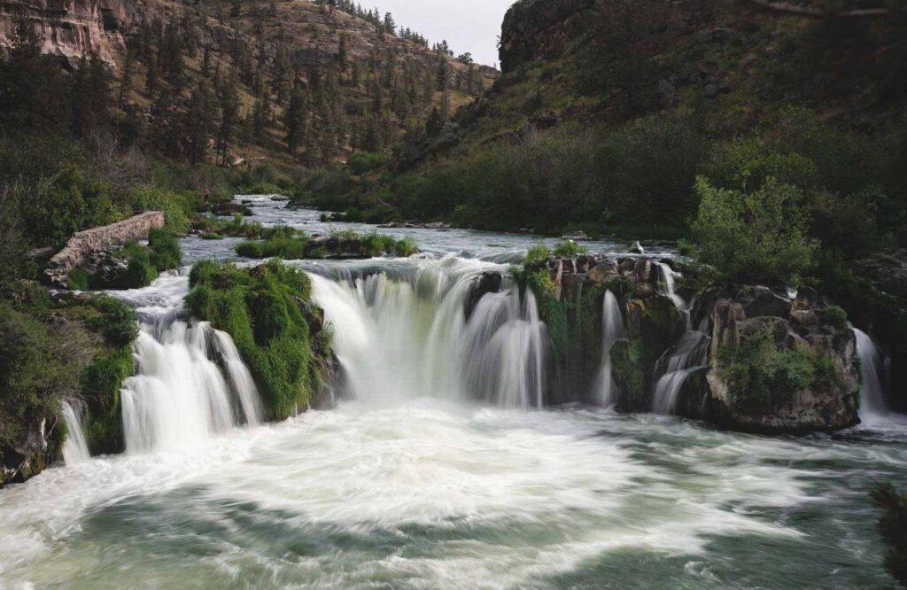 10 Waterfall Hikes Near Bend