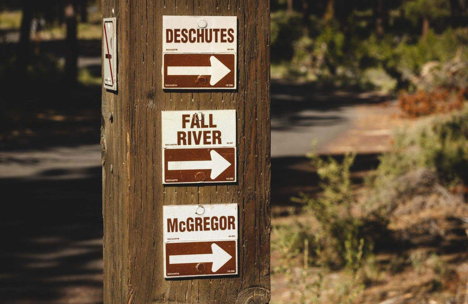 The hiking trails at LaPine State Park are well marked.