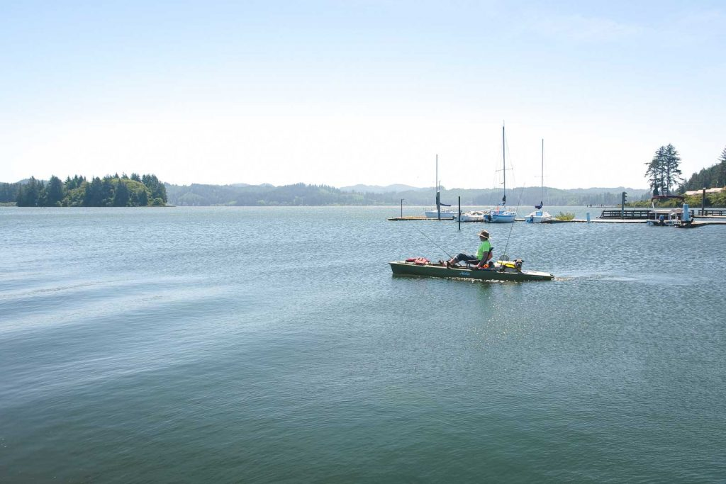 If you need a break from the Oregon sand dunes, hit the water on Siltcoos Lake.