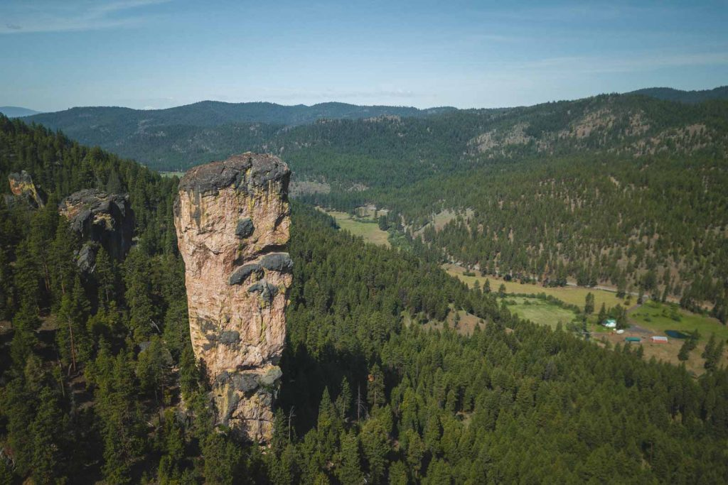 If you're looking for a scenic hike in Ochoco National Park, don't miss out on Steins Pillar hike.