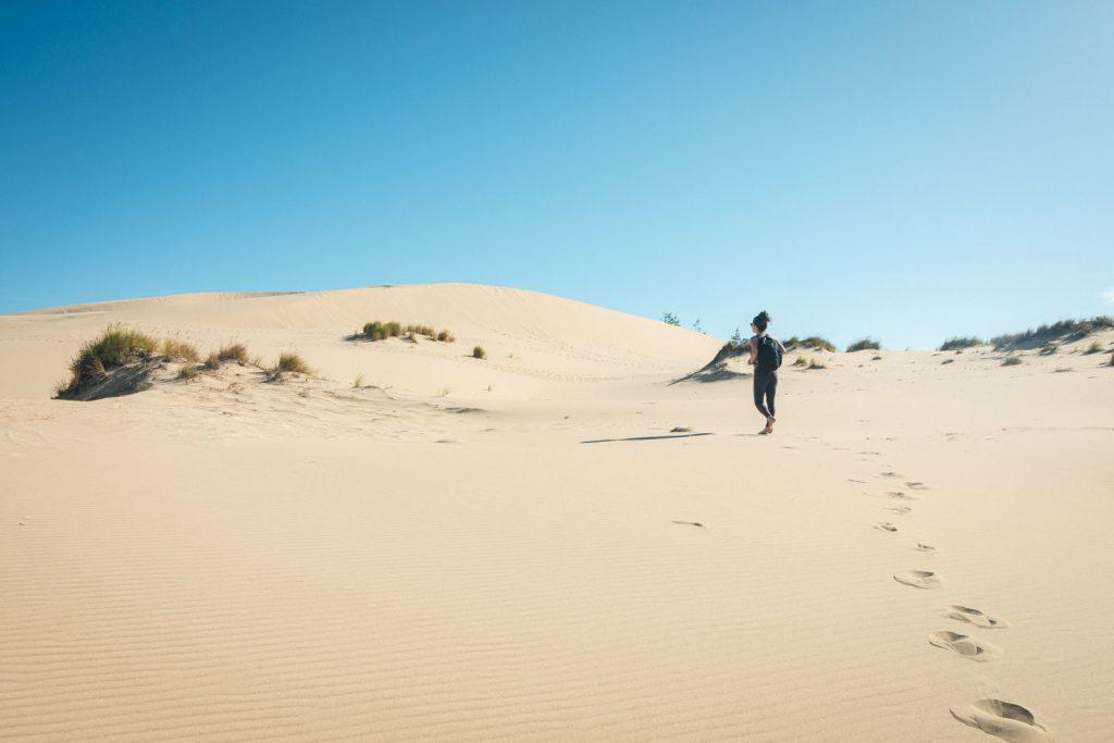 Walking along the dunes in Oregon