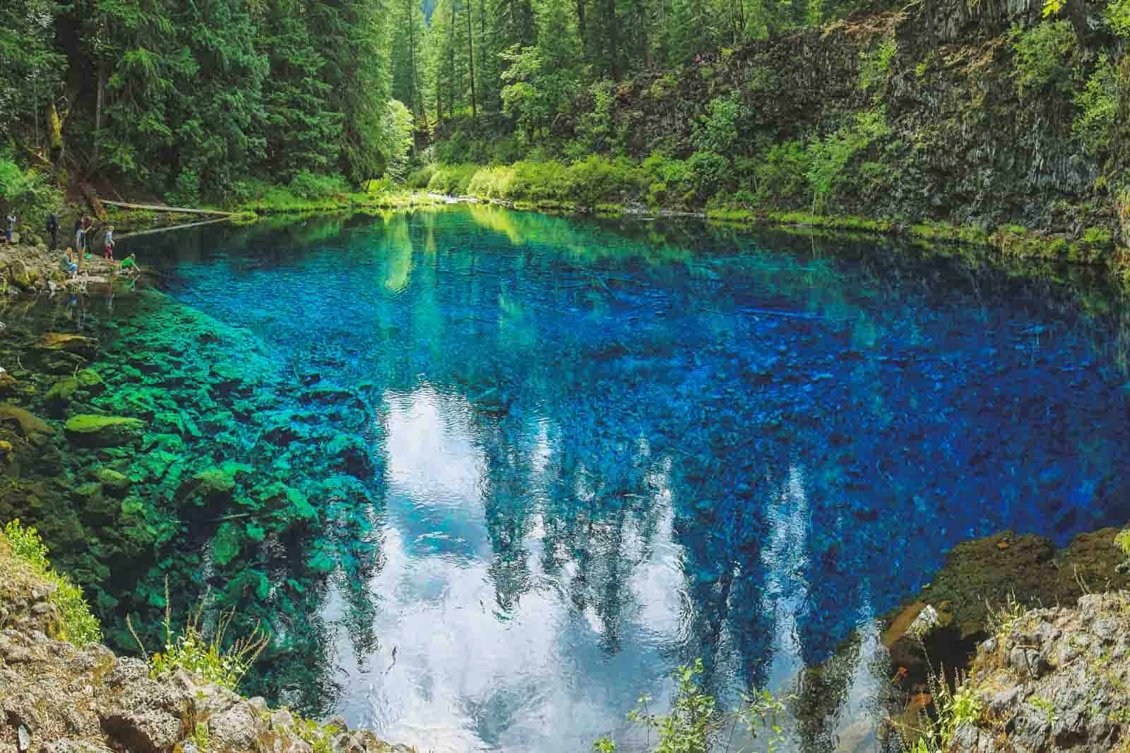 Hiking to Tamolitch Blue Pool in Central Oregon