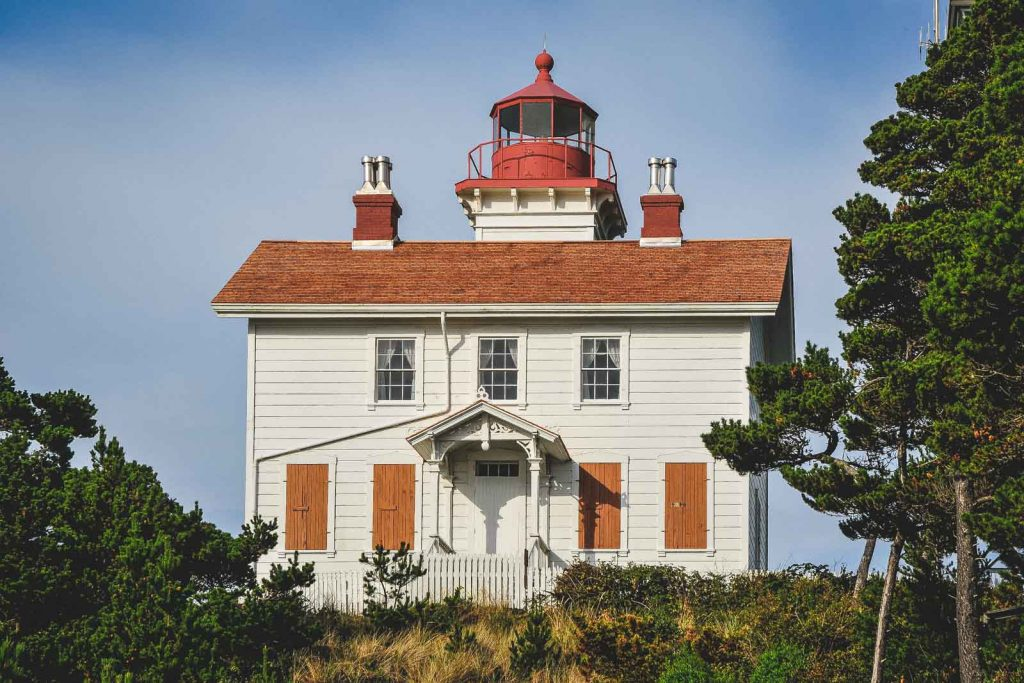 Yaquina Bay Lighthouse, one of the most beautiful Oregon Lighthouses