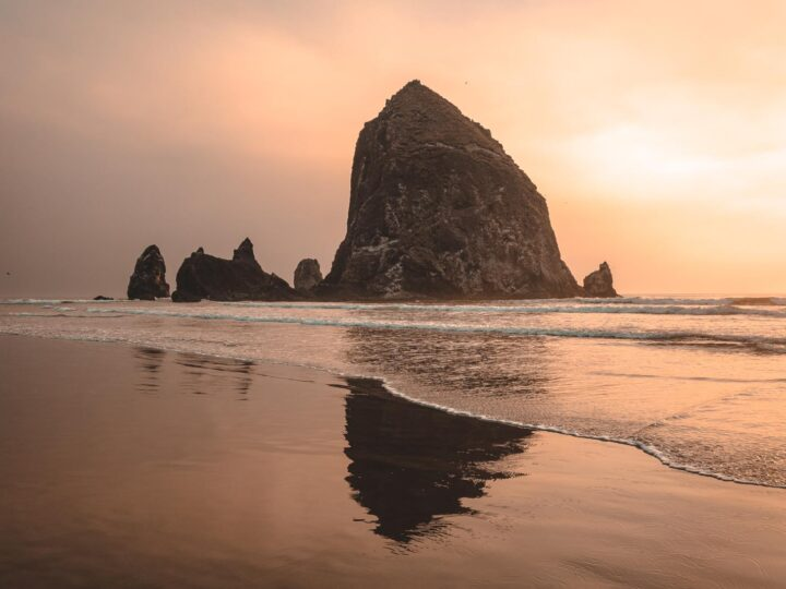 23 Amazing Beaches in Oregon and What To Do Nearby