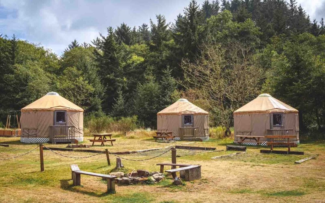 21 Amazing Yurts on the Oregon Coast