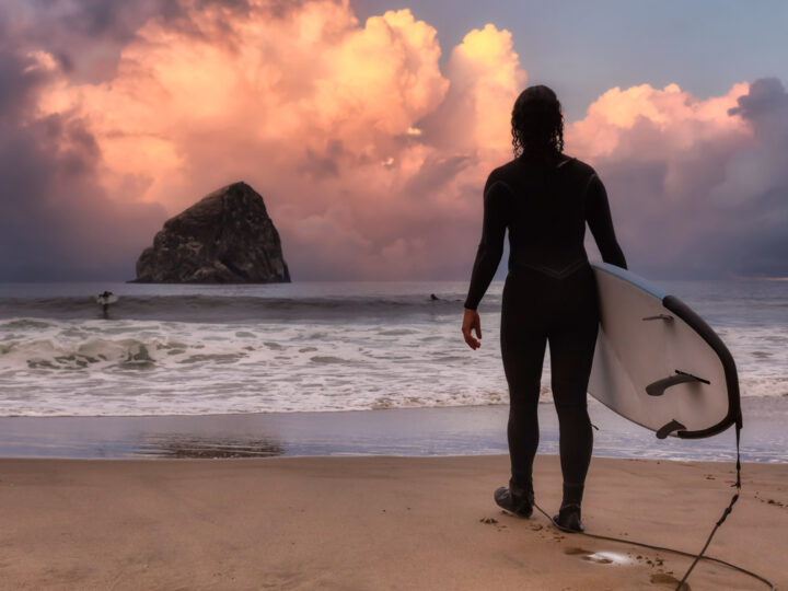 9 Epic Beaches for Surfing in Oregon—Beginner To Experienced!