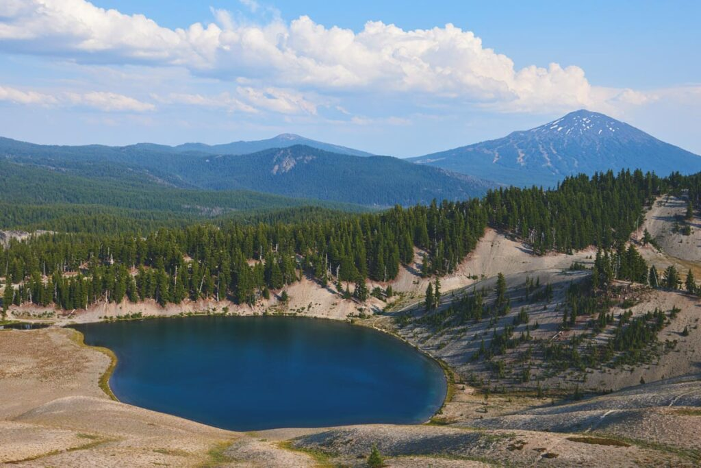 Panoramic view of the mountains with Moraine Lake near South Sister, Oregon