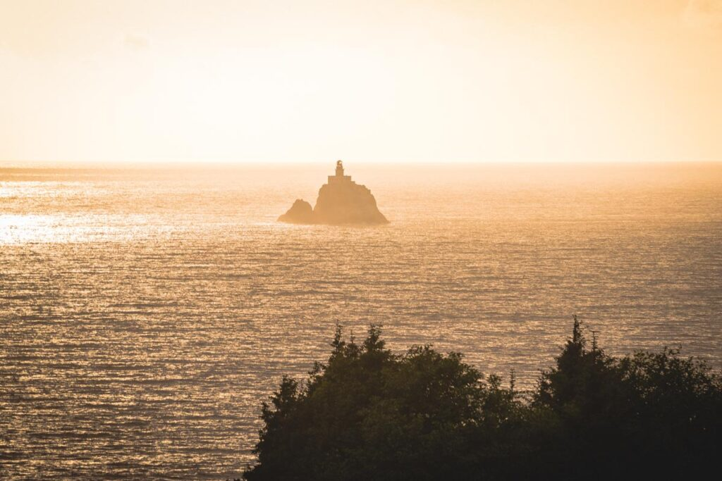 View of ocean with Tillamook Rock Lighthouse in Ecola State Park